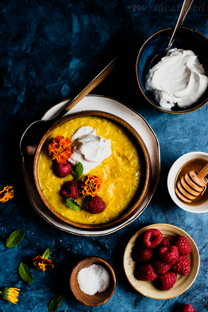 This Golden Milk Oatmeal from http://meatified.com takes the classic turmeric-laced drink and turns it into a dairy & grain free breakfast, scented with orange & flecked with spices.