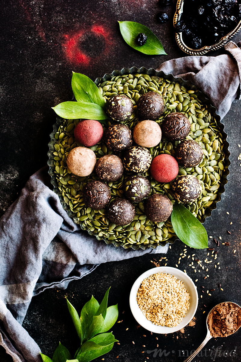 These rich fudgy seed cycling balls are the perfect way to seed cycle without the hassle. Enjoy these choco-cherry treats each day of the follicular phase.